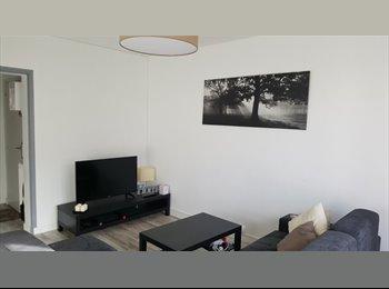 Appartager FR - Collocation de charme, entièrement rénovée et meublée (CC), Sainte-Luce-sur-Loire - 480 € /Mois