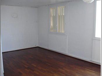 Appartager FR - A LOUER IDEAL 3 ETUDIANTS/COLOCATAIRES ! F4 meublé , 82M2, VILLEURBANNE CUSSET, 5eme ETAGE, Villeurbanne - 1305 € /Mois