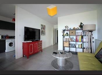 Appartager FR - chambre meublée dans T3 résidence moderne , Floirac - 400 € /Mois
