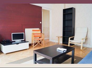 Appartager FR - 3 chambres en colocation meublée, Pau - 350 € /Mois