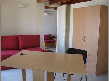Appartager FR - Maison dans jardin,JUVIGNAC, Juvignac - 390 € /Mois
