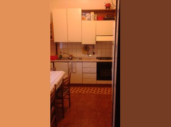 EasyStanza IT - affitto stanza, Carugate - € 350 al mese