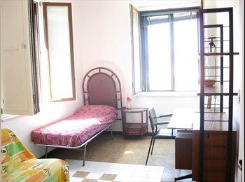 EasyStanza IT - Stanze in zona università, Reggio Calabria - € 185 al mese