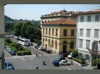 EasyStanza IT - 16.7.2017  DOUBLE/ SINGLE ROOM   AT FRONT  POLIMODA    FOR 2-1 STUDENT GIRLS, Firenze - € 500 al mese