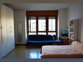 EasyStanza IT - Offro stanza singola, Padova - € 480 al mese