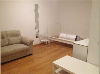 EasyStanza IT - ENORME SINGOLA+SALOTTINO PRIVATO+BAGNO PRIVATO, Trento - € 420 al mese
