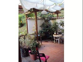 EasyStanza IT - Ampia Stanza Singola in appartamento con giardino, Montesacro-Talenti - € 410 al mese