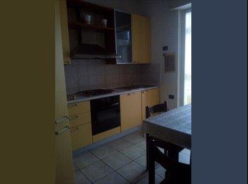 EasyStanza IT - Stanza singola, Bergamo - € 350 al mese