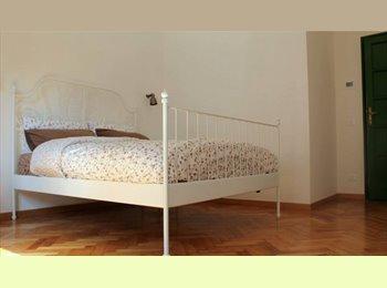 EasyStanza IT - appartamento di 120 m2 più terrazzo di 100 m2, Pta Romana - Forlanini - Lodi - € 700 al mese