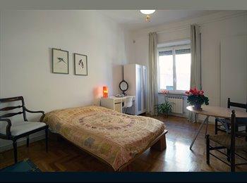EasyStanza IT - Ampia, luminosa e silenziosa  stanza con bagno privato, Parioli-Pinciano - € 500 al mese