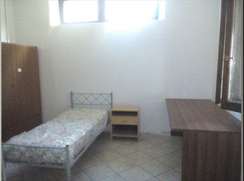 EasyStanza IT - Affitto a studenti universitari stanze singole in casa indipendente, Cesena - € 250 al mese