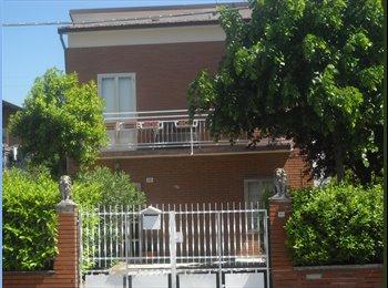 EasyStanza IT - I due leoni, Modena - € 450 al mese