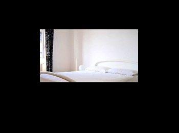 EasyStanza IT - Stanza privata in appartamento, Navigli - Ticinese - Pta Genova - Lorenteggio - € 600 al mese