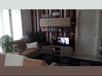 EasyStanza IT - Posto letto in appartamento classe A+, Rodano - € 300 al mese
