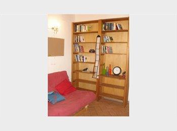 EasyStanza IT - Beautiful room for rent a few m. from Duomo, Firenze - € 600 al mese