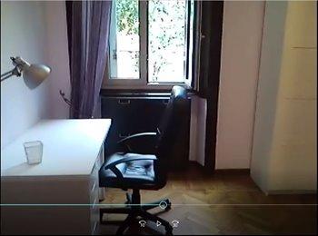 EasyStanza IT - Ampia camera luminosa zona Bocconi – SOLO RAGAZZE, Milano - € 600 al mese