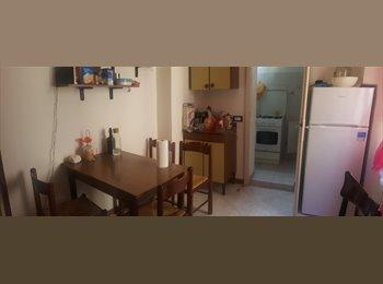 EasyStanza IT - Affittasi stanza singola, Pavia - € 375 al mese