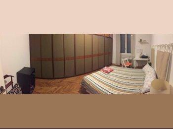 EasyStanza IT - Posto libero camera doppia spaziosa zona Giambellino, Navigli - Ticinese - Pta Genova - Lorenteggio - € 400 al mese