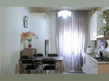EasyStanza IT - Cercasi coinquilina per stanza disponibile da settembre, Sesto San Giovanni - € 450 al mese