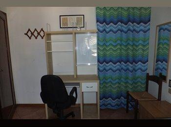 EasyStanza IT - camera singola tranquilla vicino Università, Prato - € 280 al mese
