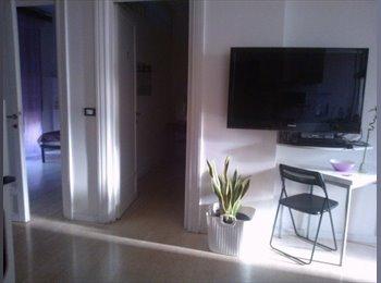 EasyStanza IT - FANTASTICA singola con balcone privato - Metro A, Don Bosco-Cinecitta' - € 380 al mese