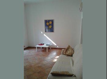EasyStanza IT - Affitto due stanze singole , Pavia - € 400 al mese