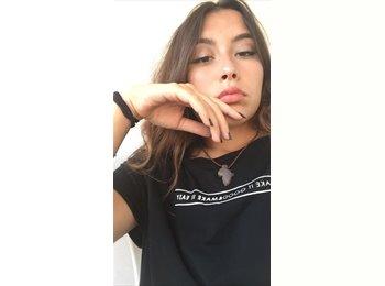 EasyStanza IT - Melissa - 19 - Misano Adriatico