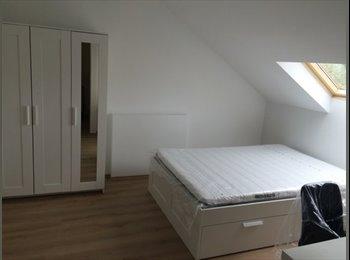 Appartager LU - Chambre neuve proche de la gare, Redange - 550 € / Mois