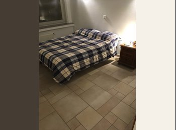 Appartager LU - Room available (double bed included), Luxembourg - 900 € / Mois
