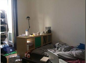 Appartager LU - Une chambre disponible dans un joli et calme appartement de deux chambres avec balcon, Luxembourg - 650 € / Mois