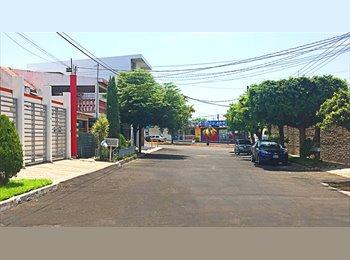 CompartoDepa MX - RECAMARAS TOTALMENTE AMUEBLADAS., Culiacán - MX$3,300 por mes