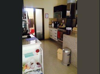 CompartoDepa MX - Cuarto individual en Casa Solares 9, cerca del tec, Guadalajara - MX$4,500 por mes