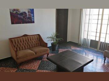CompartoDepa MX - Quieres vivir con 4 super roomies?, Puebla - MX$3,200 por mes