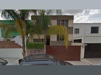 CompartoDepa MX - Renta de recámara en Guadalajara zona Country, Guadalajara - MX$3,300 por mes