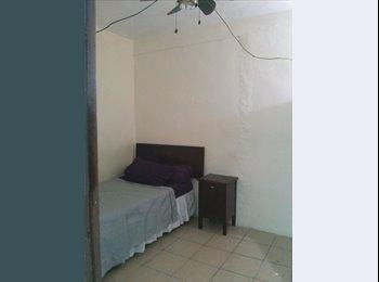 CompartoDepa MX - Se renta Habitacion Amueblada con clima Exclusiva a Varones trabajadores, Tampico - MX$2,500 por mes