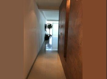 CompartoDepa MX - Habitación en torres altus. Valle Oriente., Monterrey - MX$13,000 por mes