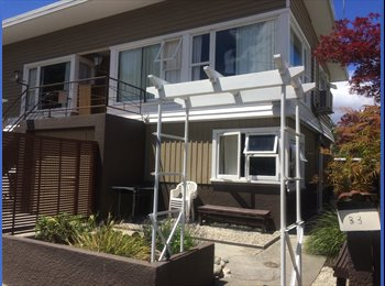 NZ - Large bright Double Room close to TOWN!!, Queenstown - $380 pw