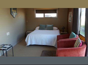 NZ - Self Contained Studio Flat, Bell Block, New Plymouth - $500 pw