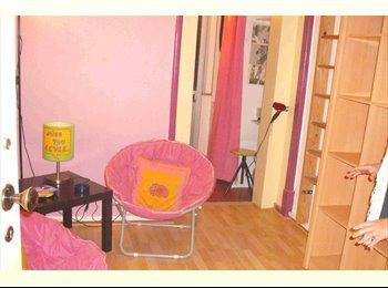 EasyQuarto PT - Quarto Estudante no Marques de Pombal, Lisboa - 390 € Por mês