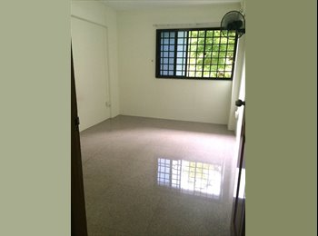 EasyRoommate SG - A  room for rental. Quiet and Clean, Clementi - $750 pm