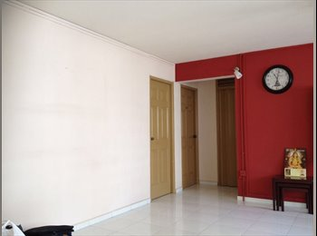 EasyRoommate SG - Common bedroom for rent at near Marsiling MRT $500, No Owner., Marsiling - $500 pm