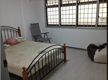EasyRoommate SG - 2 Common Rooms Available  @ 718 Woodlands Avenue 6( No Agent Fee), Admiralty - $650 pm
