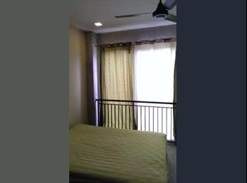 EasyRoommate SG - NEAR Thangam LRT! Aircon wifi! MASTER room at Jalan Tari Zapin for rent!, Seletar - $990 pm