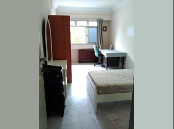 EasyRoommate SG - Master Bedroom (non aircon) in 4-room HDB flat, Admiralty - $625 pm