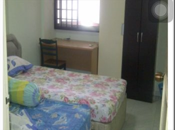EasyRoommate SG - NEAR Marsiling MRT! Common room at 302 Woodlands street 31 for rent! , Marsiling - $750 pm