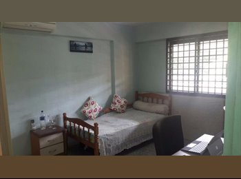EasyRoommate SG - Cooking allowed! 3 Dover road common room for rent! Aircon wifi! , One-North - $1,000 pm