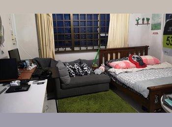 EasyRoommate SG - Master Room in Kembangan HDB, Kembangan - $1,100 pm