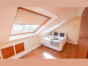 EasyRoommate UK - PROFESSIONAL HOUSESHARE IN JESMOND, Jesmond - £445 pcm