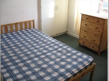 EasyRoommate UK - Double Room available Bills inc, Hyde Park - £325 pcm