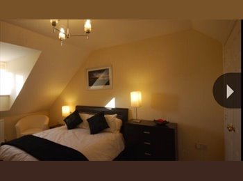 EasyRoommate UK - Luxury Accommodation available throughout the year, Bath - £480 pcm